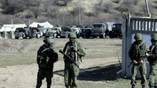 """Руски военни превзеха с щурм базата """"Балбек"""" в Крим"""