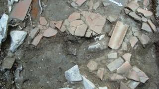 Откриха останки от римско жилище и гроб в центъра на Пловдив
