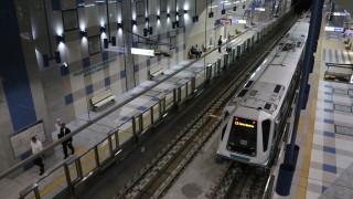 Спират третата линия на метрото този уикенд