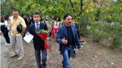Вижте как Милко Калайджиев изпрати близнаците на училище