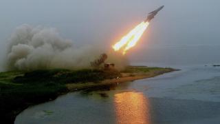 """Русия с пето успешно изпитание на свръхзвуковата ракета """"Циркон"""""""