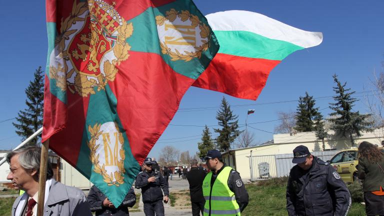 Бъчварова: Реакцията на ГЕРБ е основателна, Кънев всява напрежение; Люлинчани протестираха срещу мюсюлмански молитвен дом;
