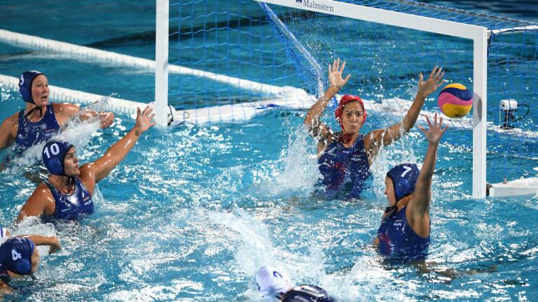 Красиво отиграване в мача Унгария - Франция