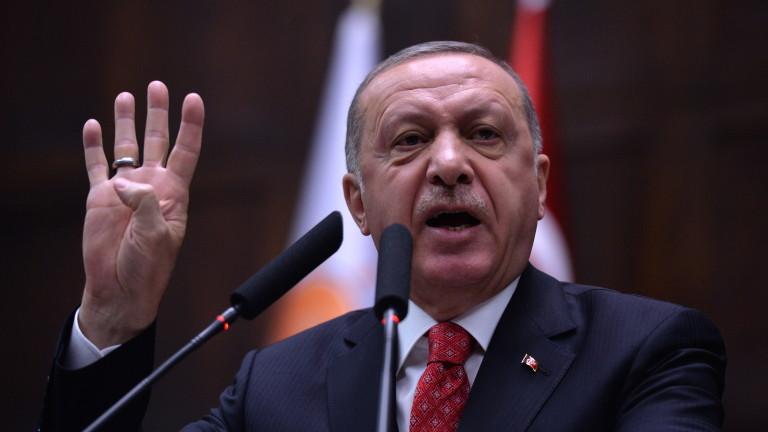 Само предизборна реторика ли е завземането на най-голямата публична банка в Турция?