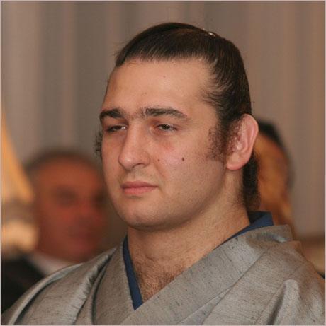 Първанов връчи орден Стара планина на Котоошу