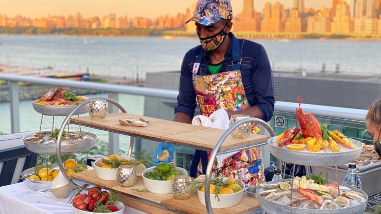Историята на готвача, пристигнал в САЩ с $300 и създал империя с приходи от $75 милиона