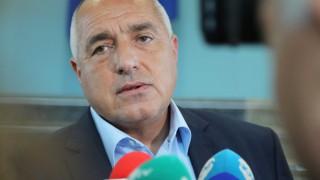 Без паника, тежко е, но се минава, успокоява Борисов