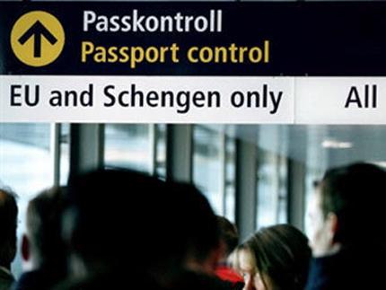 """Холандски депутат ни """"отлага"""" за Шенген"""