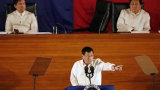 Манила обяви едностранно спиране на огъня с комунистите