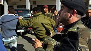 Обстрелваха дома на палестинския премиер