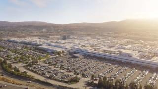 Tesla преустройва фабриката си във Фремонт, за да прави Model Y SUV