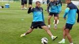 Алвеш остава в Барселона