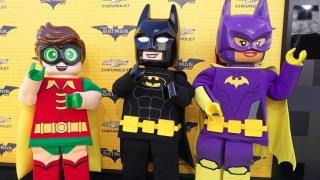Warner Bros снима женска версия на Батман