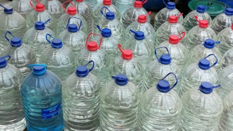 1362 литра етилов алкохол откриха митничари от Лом