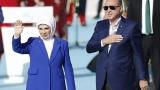 Трябва да увеличим броя на нашите потомци, нареди Ердоган на майките