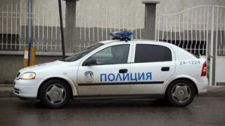Раниха полицай при циганско меле с колове и лопати