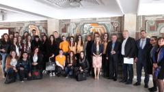 Евродепутатът Уручев стимулира млади предприемачи