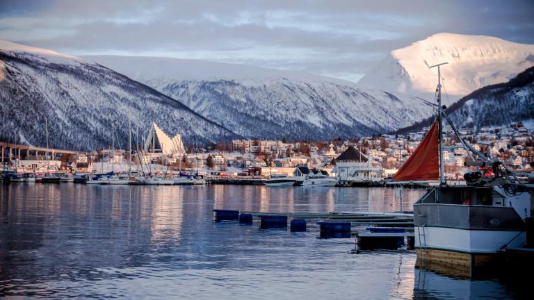 Снимка: Исландия строи арктическо пристанище, което ще промени глобалните транспортни маршрути