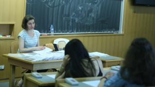 До 12 юли зрелостниците се записват за държавни изпити в есенната сесия