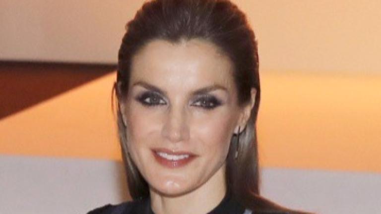 Испанската кралица сгафи със стила