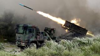 """Тайван отблъсна """"инвазия"""" на Китай по време на бойни стрелби"""