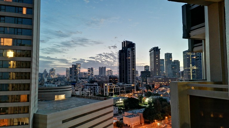 Гледка от Тел Авив, заснета с Honor 9X