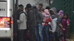 Бежанците живеят в чакане и в страх, не в Германия