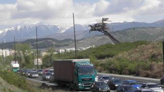 Натоварено движение по магистрали и ГКПП-та