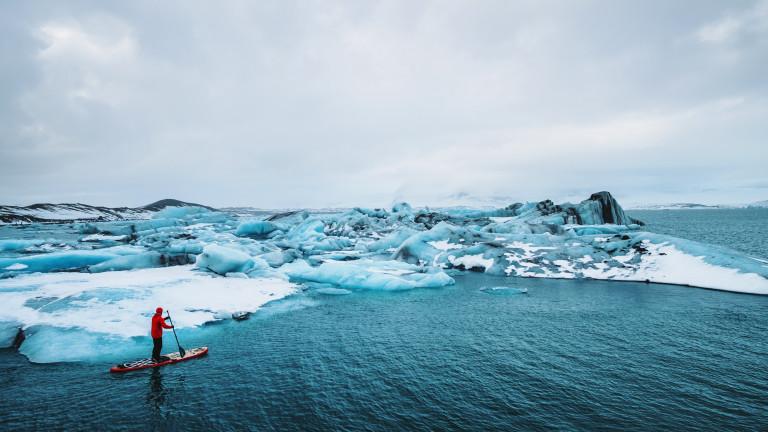Затопляща се, бързо променяща се Арктика е