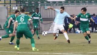 Антон Карачанаков се развихри за Берое при здрав бой над Дунав