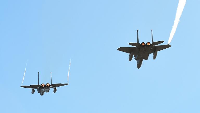САЩ: Ф-15 ескортираха иранския самолет на безопасно разстояние