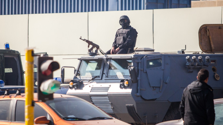 Египет депортира германски граждани за подозрения в тероризъм