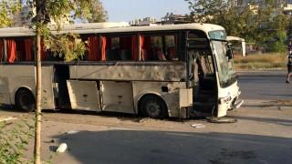 Бомба в контейнер за боклук рани няколко души в Измир
