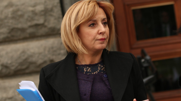 Мая Манолова: Няма план за кризата с коронавируса