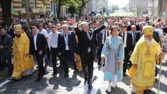 Порошенко вижда в автокефална украинска църква оръжие срещу домогванията на Русия