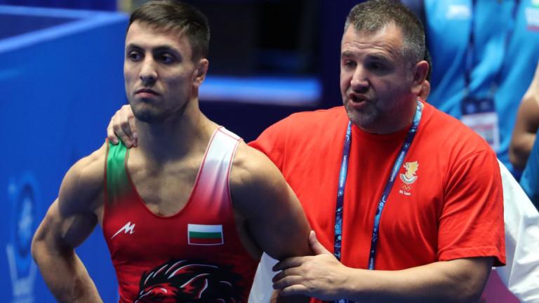 Двама българи на репешажите за бронза на Световното първенство по борба