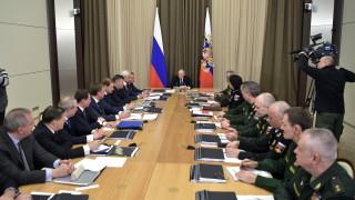 Невиждано от пет години дъно за рейтинга на Путин