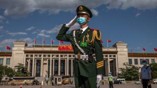 Китай обещава контрамерки при външна намеса в Хонконг