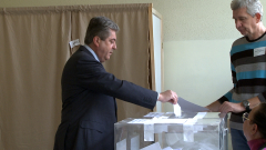 Първанов настоя следващият президент да е блестящ дипломат, разумен и мъдър