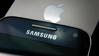 Samsung пак изпревари Apple при смартфоните в САЩ