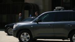 Младши сержант от НСО бил зад волана при катастрофата