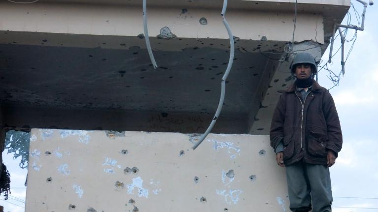 Няма пострадали наши бойци при обстрел на летище Кандахар