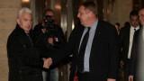 """От """"Атака"""" видяха какво значи """"да се скъса ластика"""", обясни Каракачанов"""