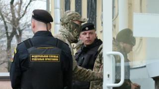 Арестуваните от Русия украински моряци задържани за 2 месеца