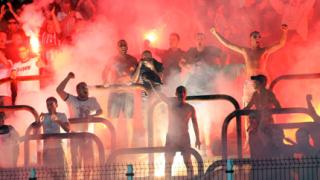 12 запалянковци в ареста след снощния мач