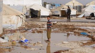 Amnesty: Йордания ограничи приема на сирийски бежанци