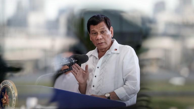 На 16 г. убих човек, призна президентът на Филипините
