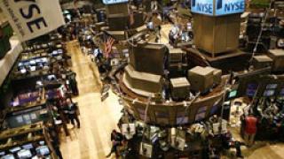 По-евтиният петрол подкрепи Wall Street, Азия на червено