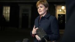 Стърджън с план за нов референдум при сценарий Брекзит без сделка
