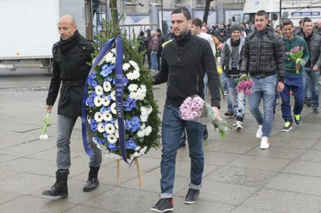 """""""Сините"""" почитат днес паметта на Васил Левски"""